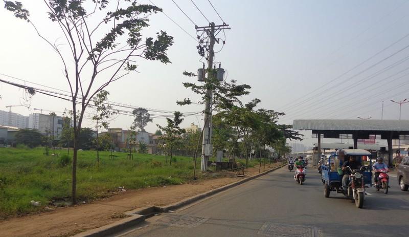Xa lộ Hà Nội chậm mở rộng vì vướng... cơ chế - ảnh 2