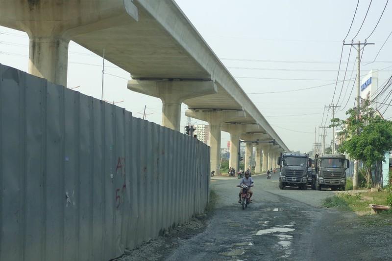 Xa lộ Hà Nội chậm mở rộng vì vướng... cơ chế - ảnh 8