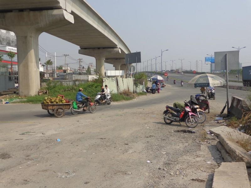 Xa lộ Hà Nội chậm mở rộng vì vướng... cơ chế - ảnh 11