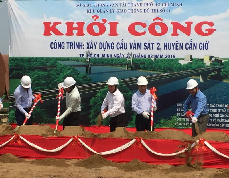 Bắt đầu xây cầu Vàm Sát 2 nối trung tâm TP.HCM - ảnh 1