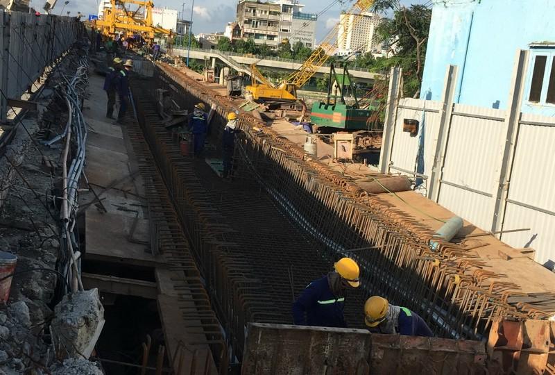 Hoàn thành mở rộng cầu Nguyễn Tri Phương trước Tết 2019 - ảnh 1