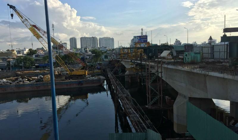 Hoàn thành mở rộng cầu Nguyễn Tri Phương trước Tết 2019 - ảnh 3