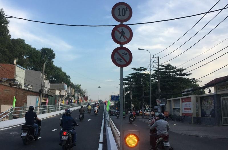 Thông xe nhánh cuối cầu vượt ngã 7 Nguyễn Thái Sơn  - ảnh 3