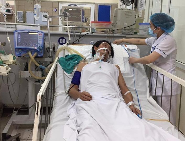 Thêm 1 bệnh nhân bị ngộ độc rượu methanol ở Hà Nội - ảnh 1