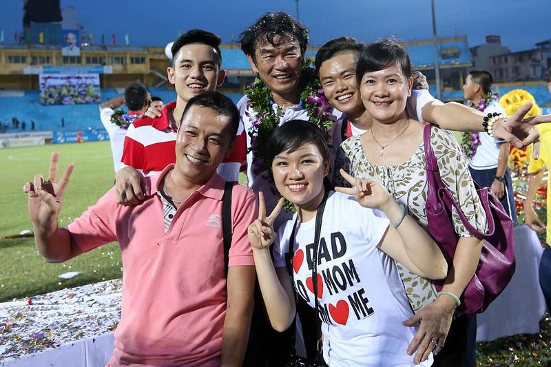 HLV Phan Thanh Hùng: Kẻ thất nghiệp kỳ lạ - ảnh 1