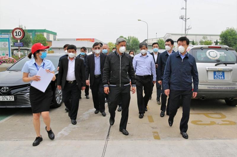COVID-19: Việt Nam đang tích cực bổ sung vaccine - ảnh 1