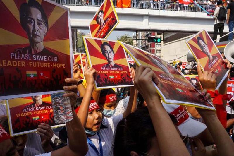Thế khó của quân đội Myanmar ngày càng lớn - ảnh 1