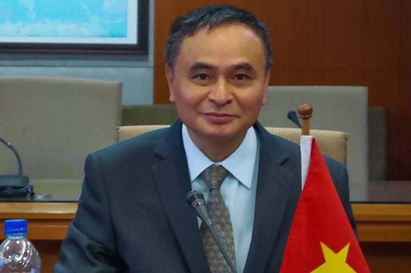 Trăm tàu Trung Quốc ở đá Ba Đầu: Phạm pháp nghiêm trọng! - ảnh 2