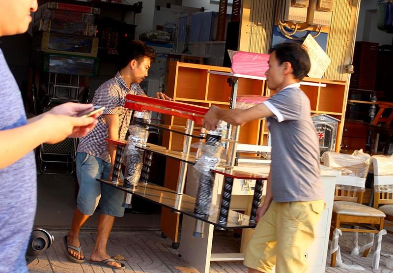 Quận Bình Tân  mạnh tay phạt vi phạm vỉa hè  - ảnh 3