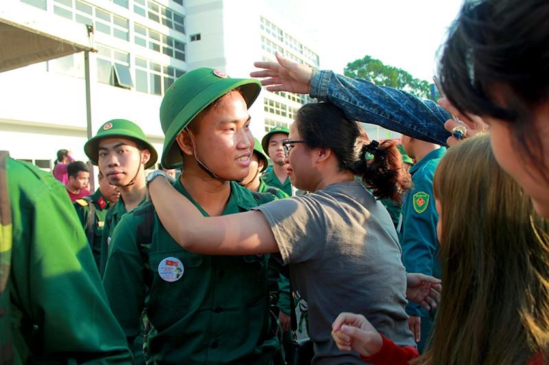 Tân Bình: Nhiều thanh niên viết đơn tự nguyện nhập ngũ  - ảnh 5