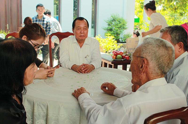 Hàng ngàn người viếng nguyên Thủ tướng Phan Văn Khải - ảnh 3