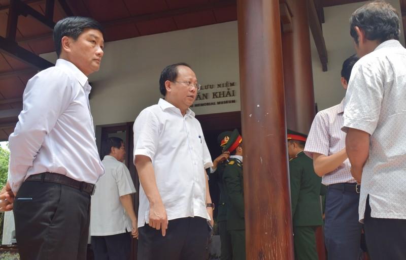 Hàng ngàn người viếng nguyên Thủ tướng Phan Văn Khải - ảnh 4