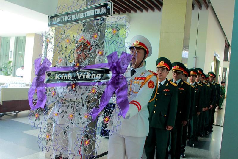 Dòng người vào viếng nguyên Tổng Bí thư Đỗ Mười tại TP.HCM - ảnh 3