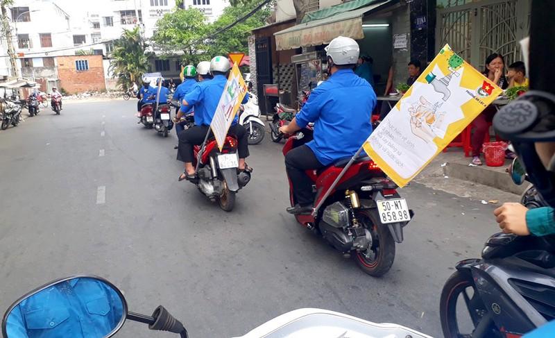 Đoàn phường An Lạc A vào chợ tuyên truyền về dịch COVID-19 - ảnh 6