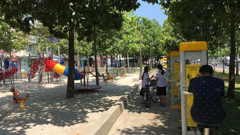 Quận 2: Sửa đèn, cải tạo công viên, ngăn xâm hại trẻ em - ảnh 1