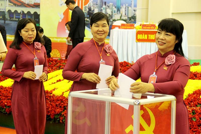 Bà Trần Kim Yến tái đắc cử Bí thư Quận ủy quận 1, TP.HCM - ảnh 1