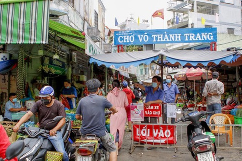 cho-truyen-thong-duoc-hoat-dong