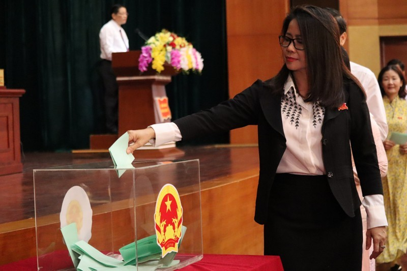 Bí thư Thành ủy Vũng Tàu được bầu làm phó chủ tịch HĐND tỉnh - ảnh 2