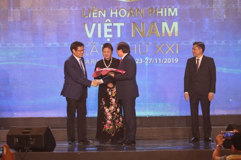 Trấn Thành, Hoàng Yến Chibi vắng mặt dù đạt giải cao tại LHP  - ảnh 1