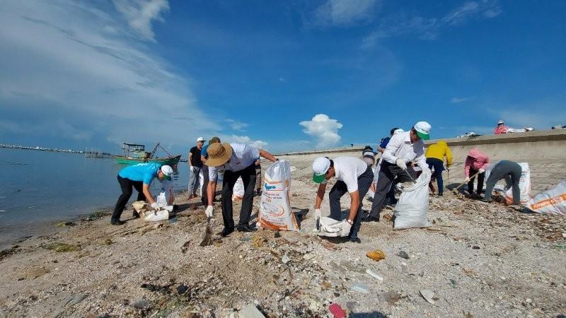 Vũng Tàu cam kết hạn chế với rác thải nhựa - ảnh 1