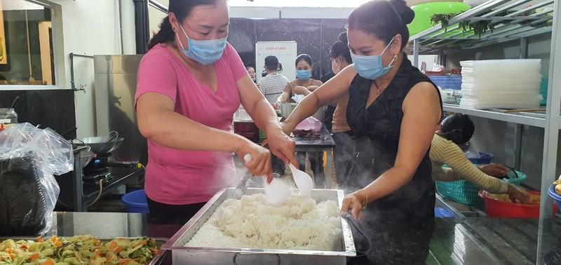 'Bếp ăn 0 đồng' hỗ trợ người nghèo huyện Xuyên Mộc - ảnh 1