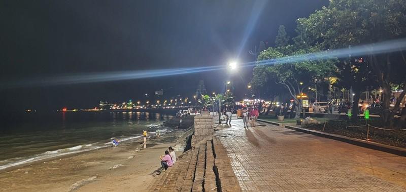 Vũng Tàu: Biển Bãi Trước, Bãi Sau sáng rực nhờ dàn đèn cao áp - ảnh 1