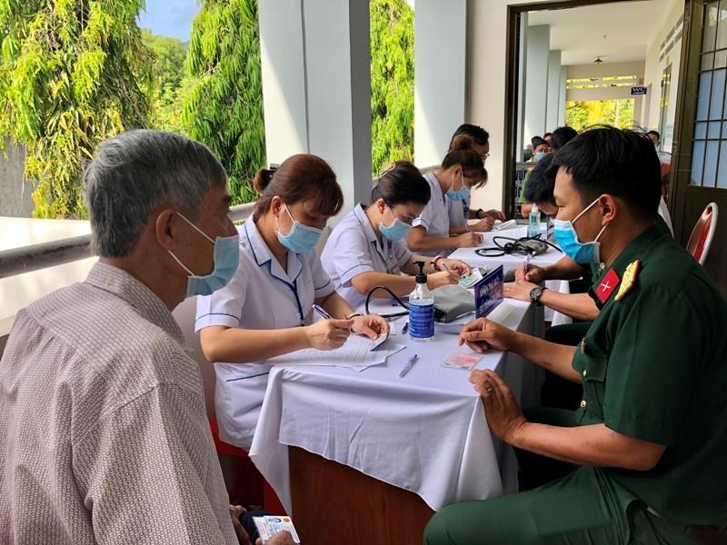Bà Rịa-Vũng Tàu thông tin rõ hơn về việc đăng ký mua vaccine phòng COVID-19 - ảnh 1