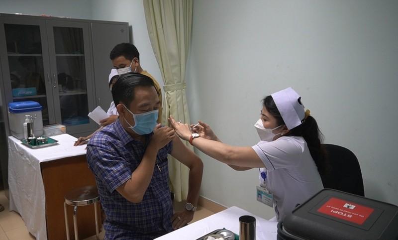 Bà Rịa-Vũng Tàu ra văn bản việc đăng ký mua vaccine Mỹ, Anh có trả phí - ảnh 1