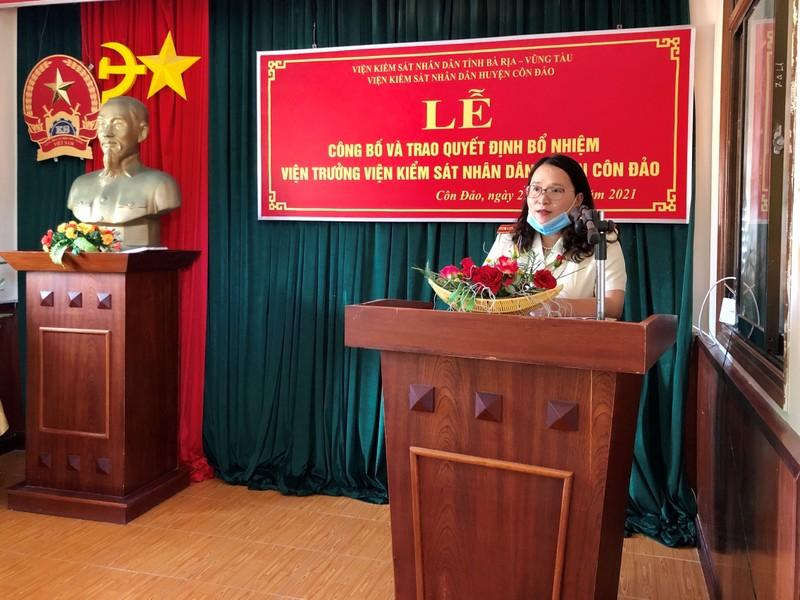 Trao quyết định bổ nhiệm Viện trưởng VKSND huyện Côn Đảo - ảnh 2
