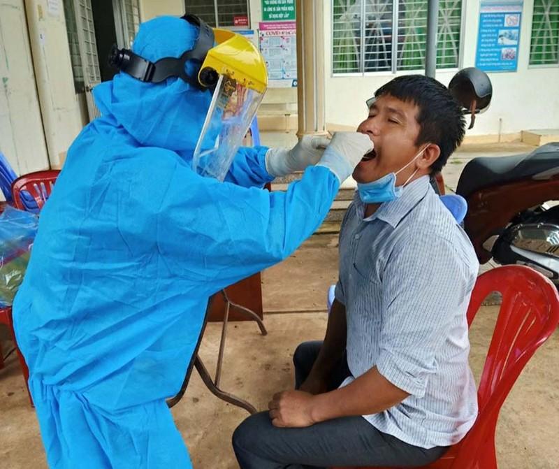 Bà Rịa- Vũng Tàu thông tin về vaccine, lý giải số F0 tăng trong khu cách ly - ảnh 1