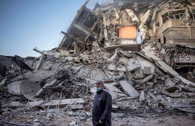 Israel áp sát Dải Gaza, xung đột leo thang nguy hiểm - ảnh 1