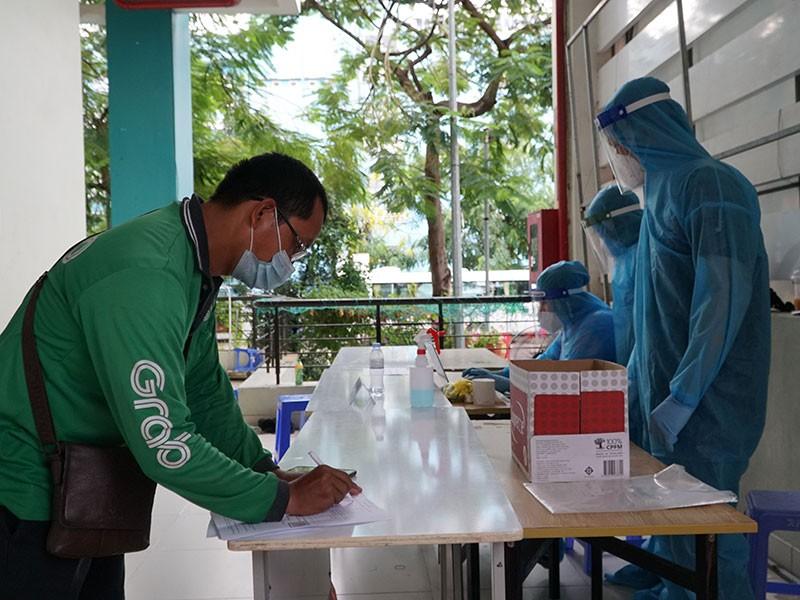 TP.HCM đẩy nhanh tiêm vaccine cho 62.000 shipper - ảnh 1
