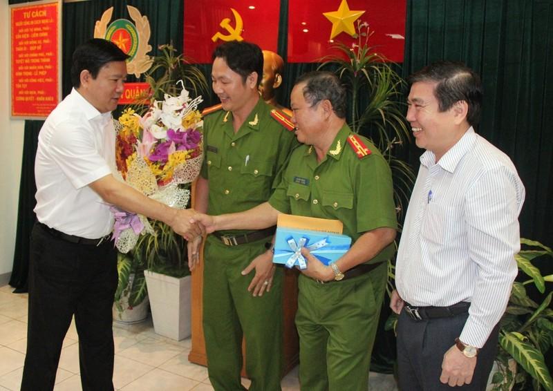 Kỳ vọng của Bí thư Đinh La Thăng đối với công an TP.HCM - ảnh 2