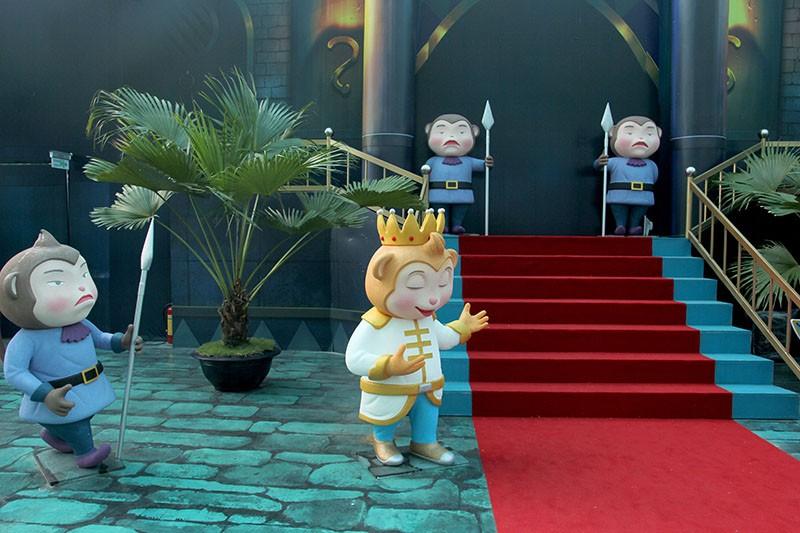 Lộ diện 101 chú khỉ trong khu vui chơi Hollywood tại TP.HCM - ảnh 12