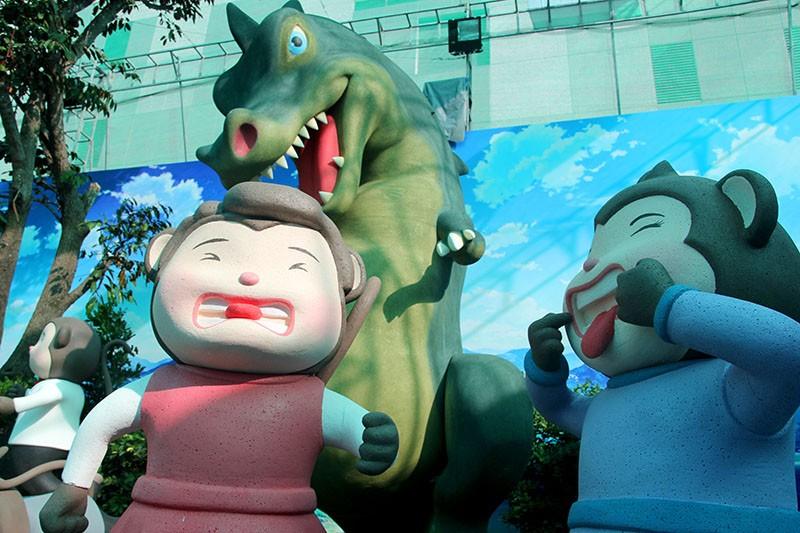 Lộ diện 101 chú khỉ trong khu vui chơi Hollywood tại TP.HCM - ảnh 5