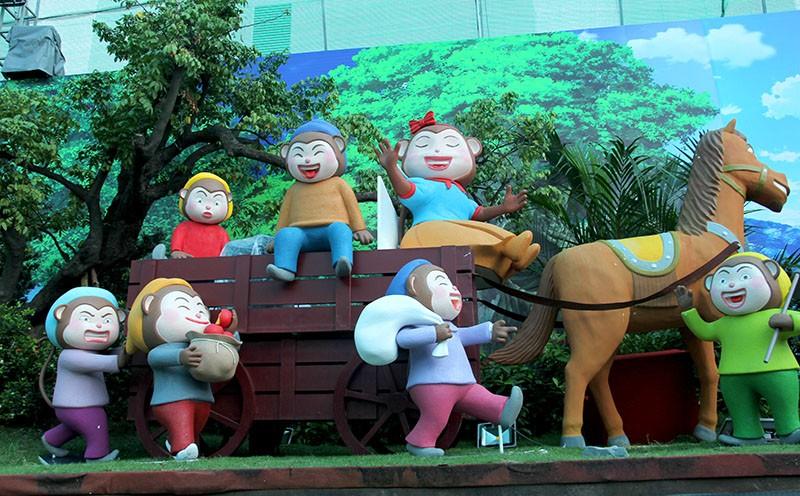 Lộ diện 101 chú khỉ trong khu vui chơi Hollywood tại TP.HCM - ảnh 9