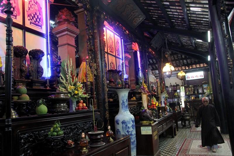 Ngôi chùa gần 300 năm tuổi giữa lòng thành phố - ảnh 9