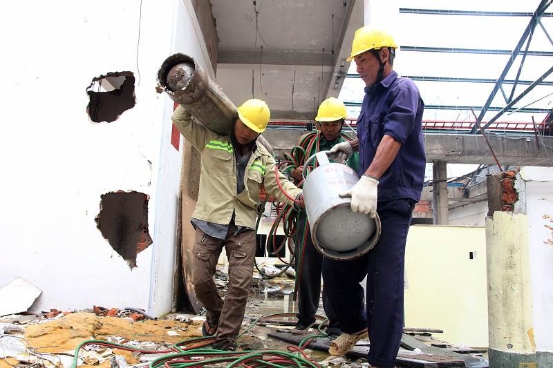 Đang đập Thương xá Tax để xây công trình 40 tầng - ảnh 8