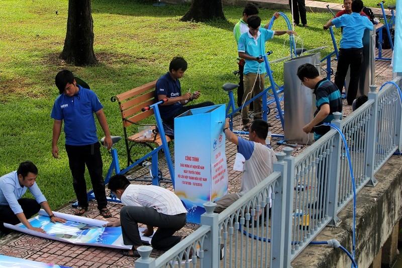 Ảnh: Diễu hành bảo vệ môi trường trên kênh Nhiêu Lộc - ảnh 7