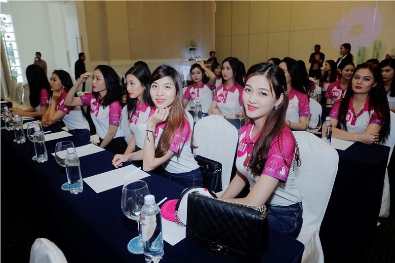 Ai sẽ đăng quang Nữ sinh viên Việt Nam duyên dáng 2016? - ảnh 1