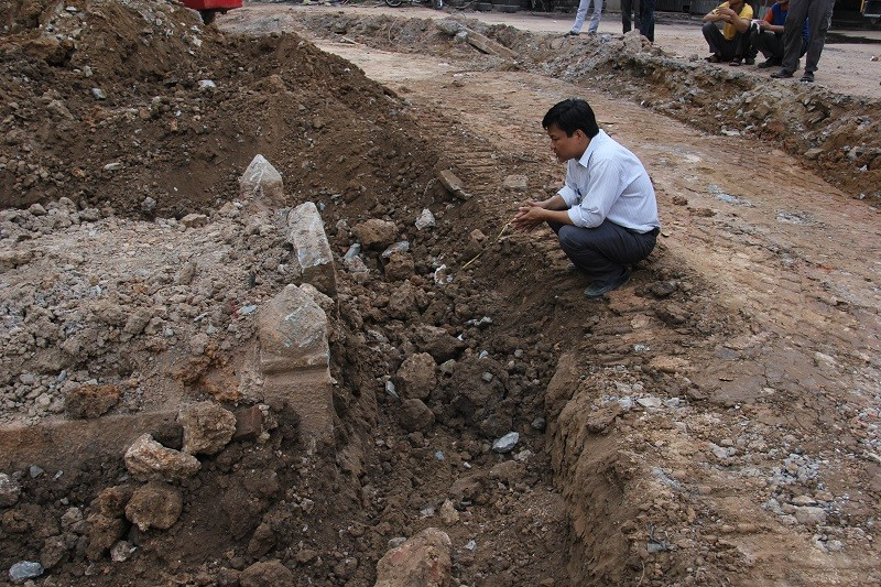 Cận cảnh mộ cổ được phát hiện trong bưu điện Phú Thọ - ảnh 5