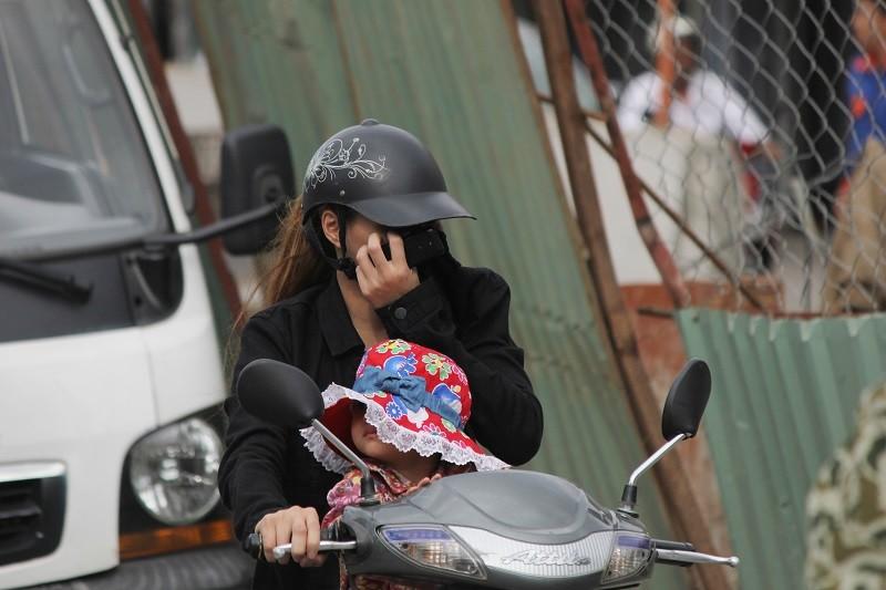 TP.HCM: Lô cốt bủa vây đường phố dịp cuối năm - ảnh 11