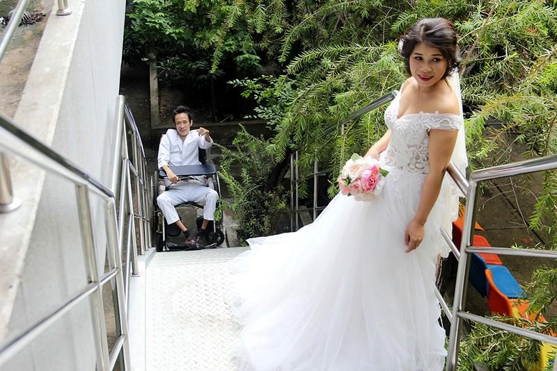 Bạn đọc chụp ảnh cưới cho cặp đôi 'Tình yêu cổ tích' - ảnh 15