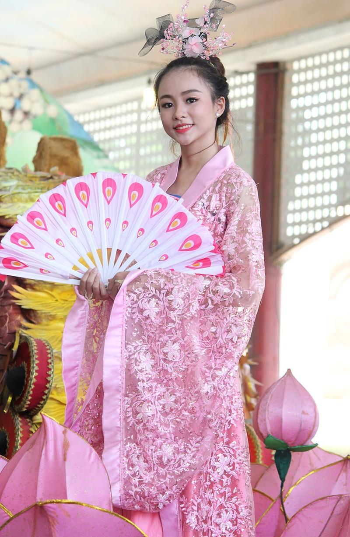 Ngắm bóng hồng xinh đẹp tại lễ hội trái cây Nam Bộ - ảnh 10