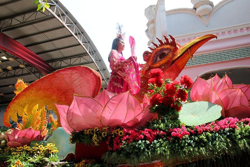 Ngắm bóng hồng xinh đẹp tại lễ hội trái cây Nam Bộ - ảnh 17