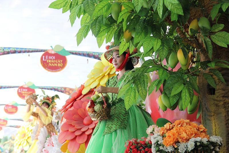 Ngắm bóng hồng xinh đẹp tại lễ hội trái cây Nam Bộ - ảnh 6