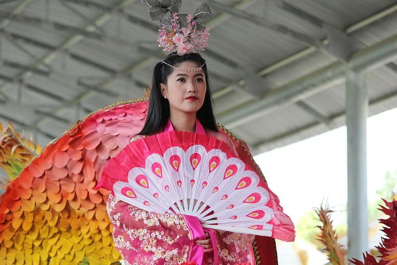 Ngắm bóng hồng xinh đẹp tại lễ hội trái cây Nam Bộ - ảnh 7