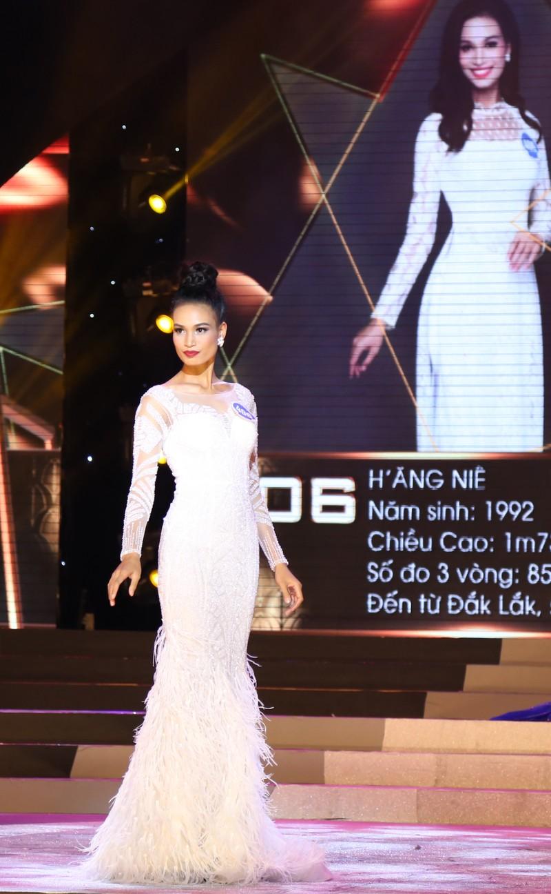 Người đẹp lộng lẫy trong đêm chung kết HH Đại dương - ảnh 12