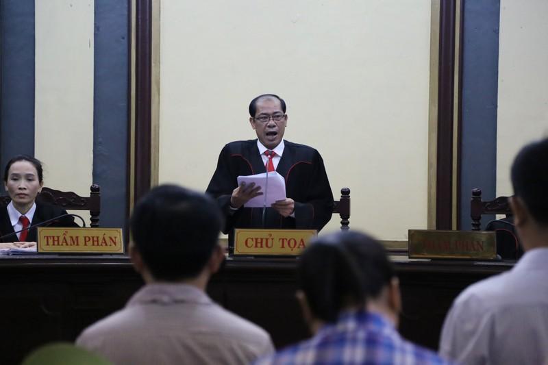 Phút bình thản và thắt tim của Nguyễn Minh Hùng - ảnh 5