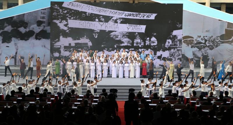 Hoạt cảnh kỷ niệm 50 năm Tổng tiến công xuân Mậu Thân - ảnh 4